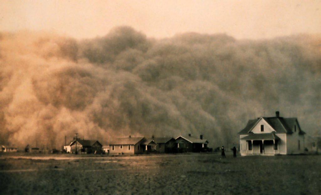 Dust storm over US town